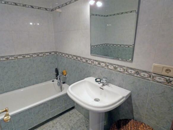 A3169717 - Bathroom