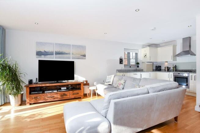 Living Room/Open Plan Kitchen