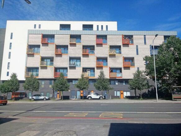 Modern block