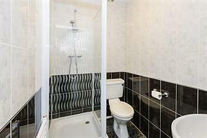 Studio 14 Bathroom
