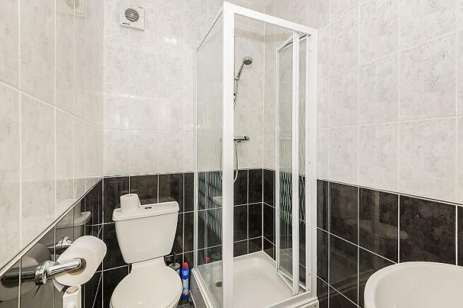Studio 24 Bathroom
