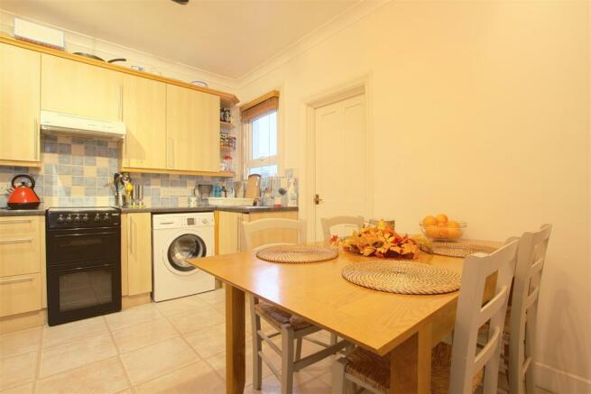 9a Seaford Road_ Kitchen2.jpg