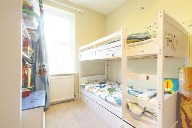 29 Dudley Gardens_ Bedroom3.jpg