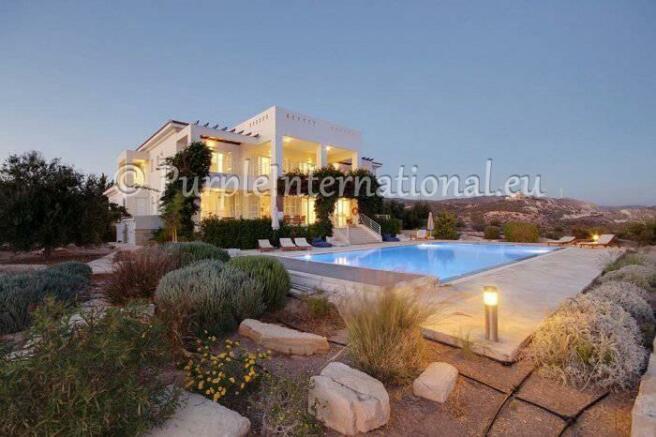 Luxury Villa In Secret Valley