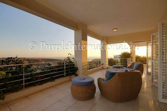 Covered Veranda With Amazing Views