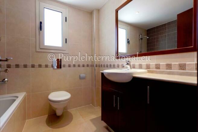 Bathroom vanity units with marble tops