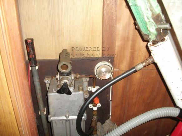 lift keel mechanism