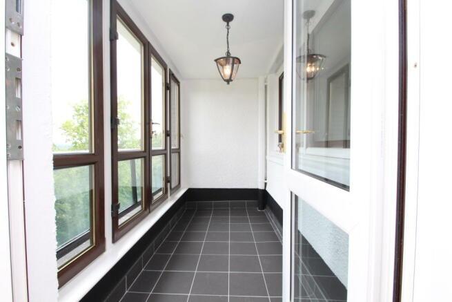 Sun Room/Enclosed Balcony