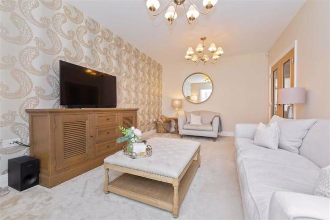 4 Bedroom Semi Detached House For Sale In Reeves Court
