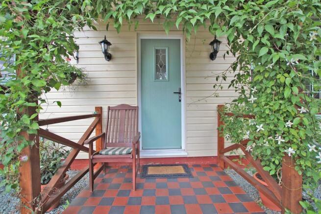 Cottage/Annex Porch