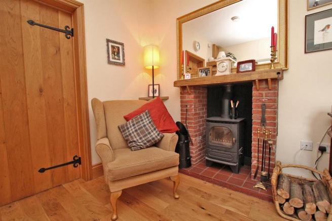 Cottage/Annex Fireplace