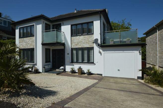 4 Bedroom Detached House For Sale In Westfield Park Ryde