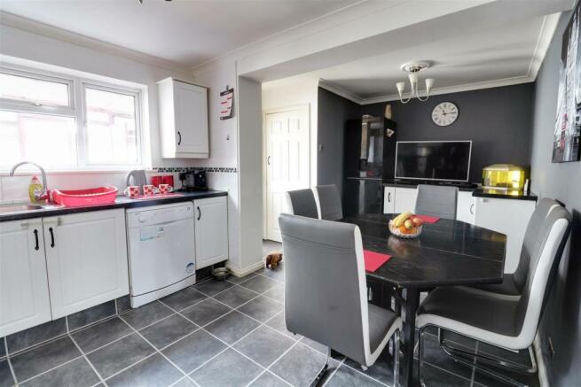 kitchen opt 1.jpg