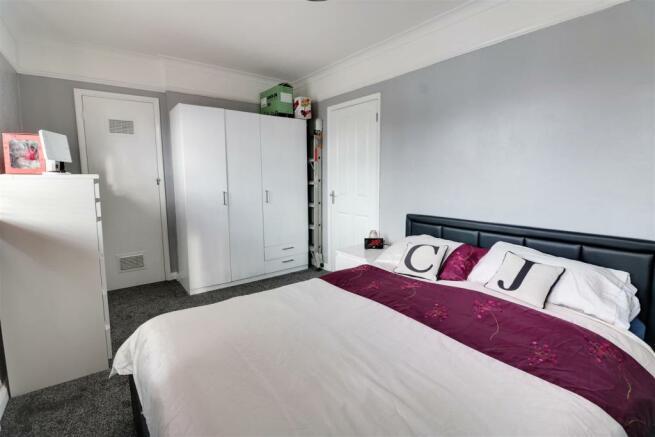 bedroom opt 3.jpg
