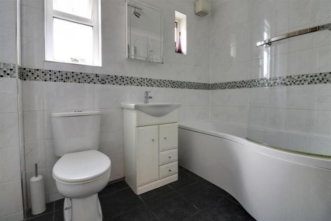 bathroom - done.jpg