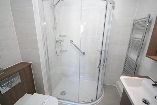 Ensuite Shower Room.JPG