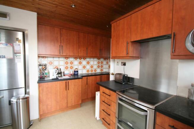 Kitchen (3).JPGhttps://login.vebraalto.com/#