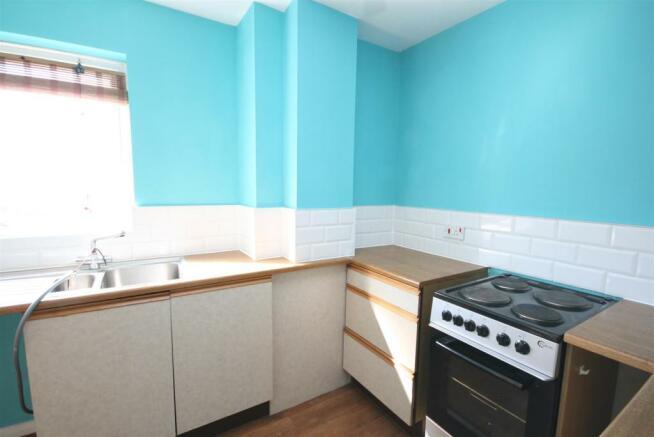 Kitchen. (2).JPG