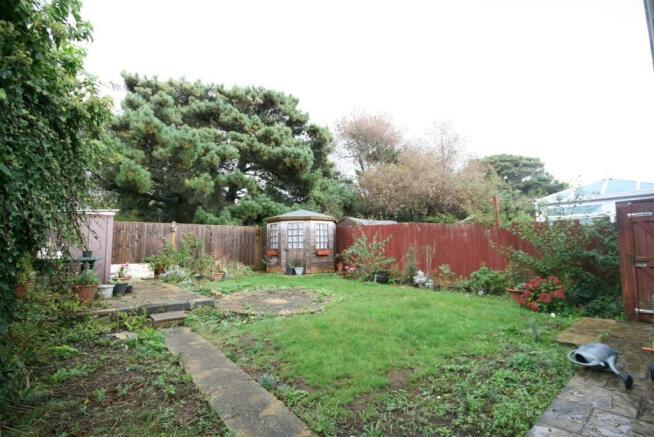 Rear Garden. (2).JPG
