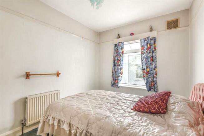 Bedroom. (2).jpg
