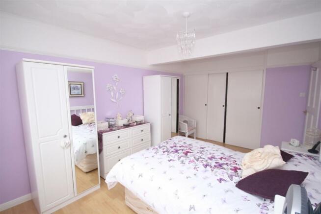 Master Bedroom...JPG