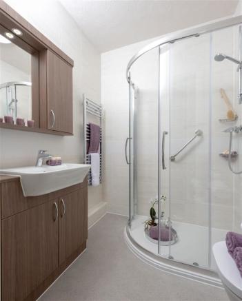 Modern Shower Room.jpg