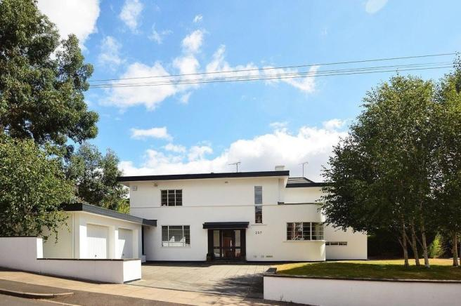 4 bedroom detached house for sale in 237 moor green lane moseley b13