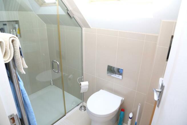 2nd Floor Shower Roo