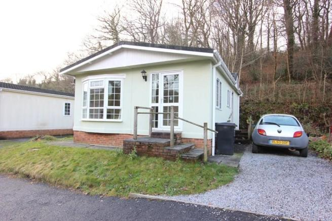 2 bedroom mobile home for sale in Ashburton Park, Waterleat