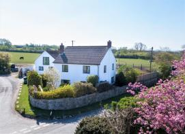 Photo of Detached house with annexe