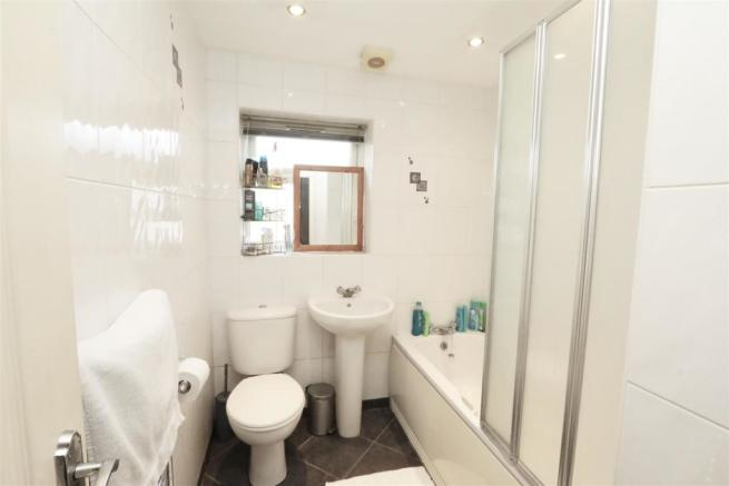 Annex.Bathroom 2.jpg
