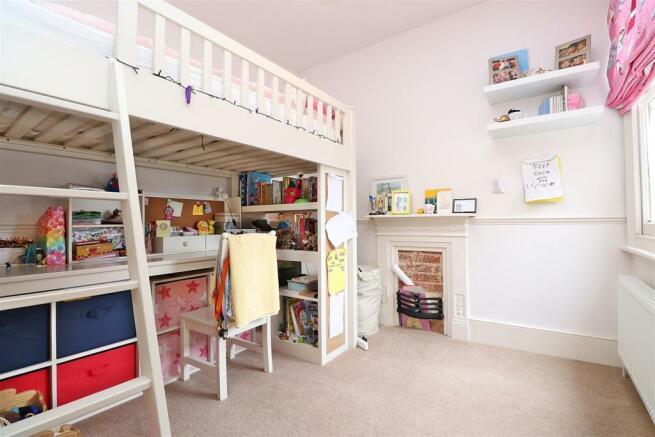 Bedroom 3,n.JPG