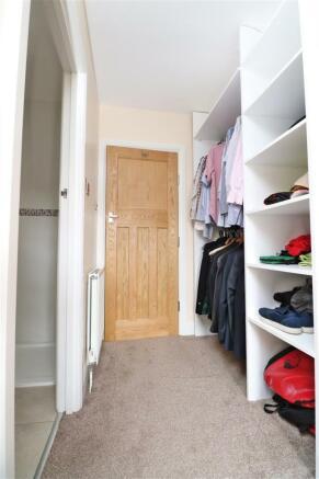 Bedroom 1 wardrobe.JPG