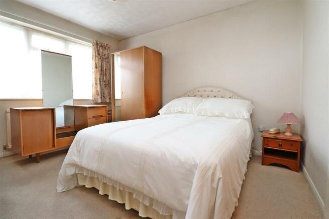 Bedroom 1,.JPG