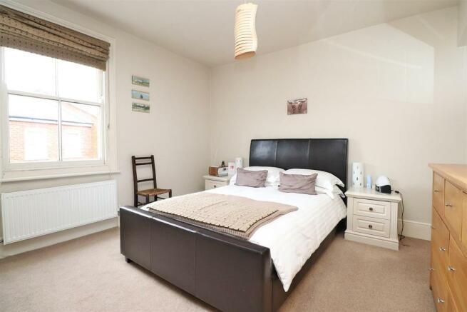 bedroom1,n.JPG