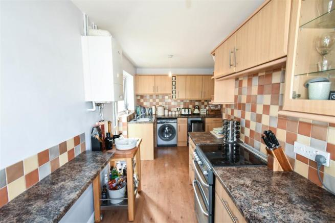 Kitchen (L Shape)