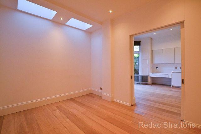 4 bedroom flat to rent in Canfield Gardens, West Hampstead ...