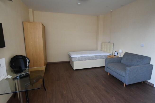 Bedroom/Sitting Room/Dining Room