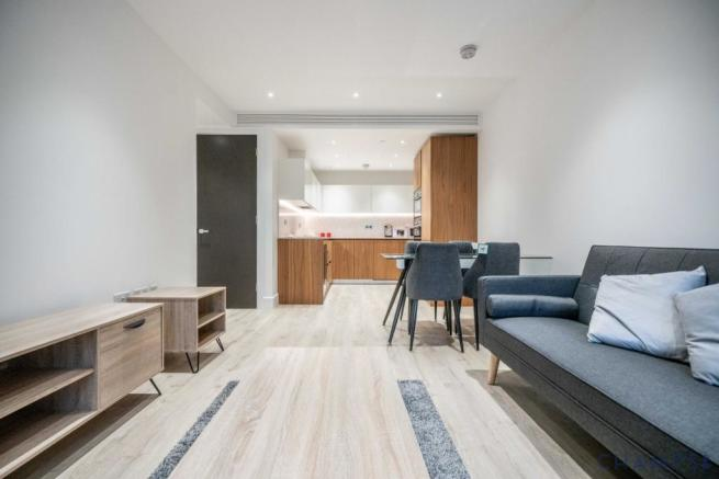 2 bedrooom apartment