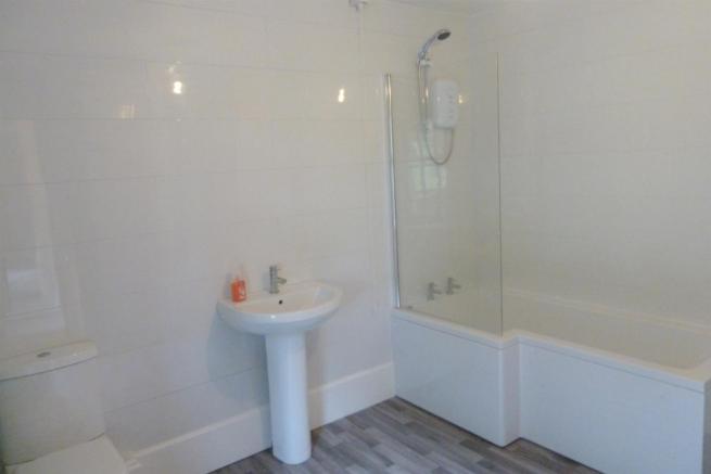 Bathroom-Cottage 2A