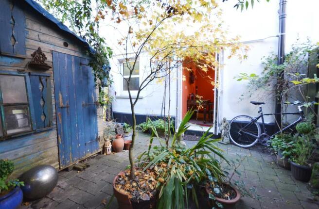 7 Garden.jpg