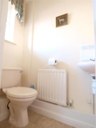Downstairs wc 2WOLD.JPG