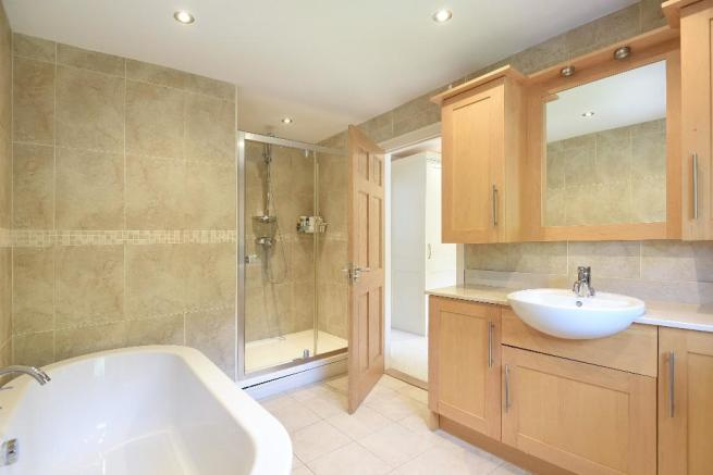 Fitted en suite