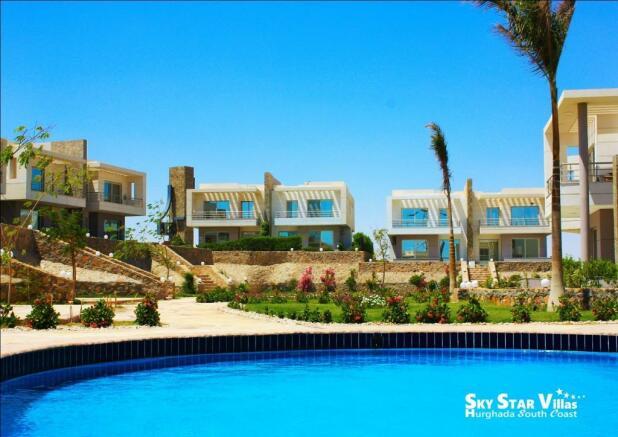 Twin Villas / Pool