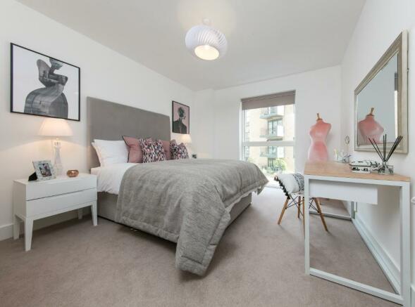 Lyon Square bedroom