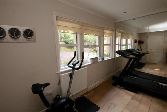 Gym:Bedroom 8.jpg