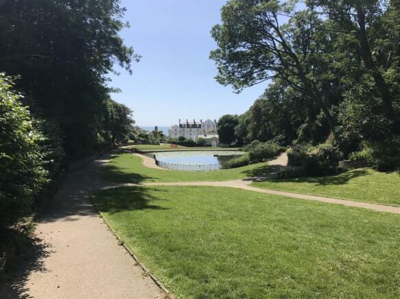 St Leonards gardens.jpg
