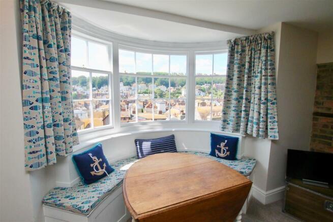 Bespoke Window Seat.jpg