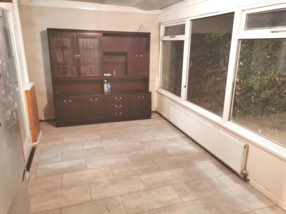 Newly Refurbished 3 Bedroom House in Hayes UB3