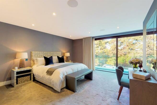 Master Bedroom  (2)-Edit.jpg